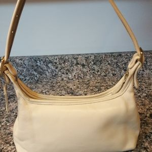 Coach vintage cream shoulder purse leather